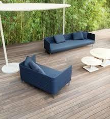 frame on outdoor sofa paola lenti