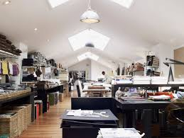 Kelly Hoppen Kitchen Designs A Day In The Life Of Interior Designer Kelly Hoppen Qcommunity