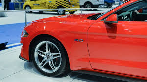 2018 ford 5 0 v8. contemporary 2018 2018 ford mustang 50 and ford 5 0 v8