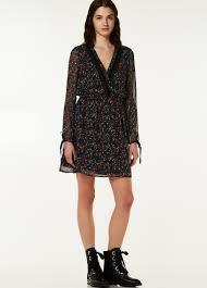 Damenkleider: glamouröse, smarte & lässige Kleider   LIU JO Online