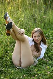 Julia Sunrace with Open Pussy Image Gallery 275446
