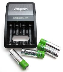 Energizer Battery Charger Green Light Mean Energizer Recharge Value Aa Aaa Nimh Battery Charger Review
