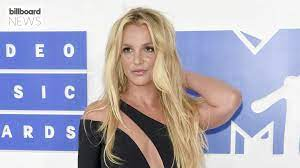 Britney Spears Shares Topless Photo ...