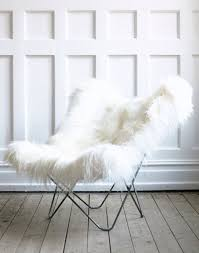 cozy fur erfly chair want it in my black and white bedroom