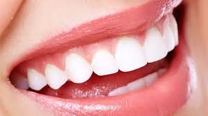 ment blanchir ses dents et avoir un sourire éclatant soins beauté bien être