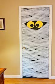 halloween door decorating ideas. Mummydoor-main Halloween Door Decorating Ideas O