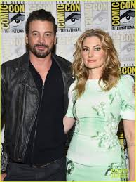 Skeet Ulrich and Mädchen Amick at the Comic-Con 2018 | Riverdale comics,  Riverdale, Riverdale cast
