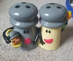 mr salt blues clues. BLUES CLUES Mr. SALT Mrs. PEPPER And BABY PAPRIKA Talking Singing Toy Nick Jr Mr Salt Blues Clues