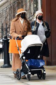 Gigi Hadid Wears Louis Vuitton in New ...