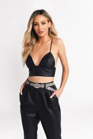 truth or dare black cropped tank top