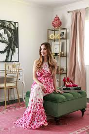 tour stylish office los. Plain Tour Los Angelesbased Style Darling Mara Ferreira Took A Giant Leap Of Faith  In 2009 She Kissed Her Law Career Goodbye And Jumped Into The Blogosphere With  On Tour Stylish Office