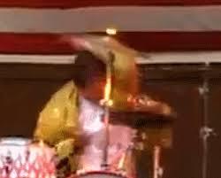 animal muppet drums gif. Modren Gif Raging  Wild Drumming On Animal Muppet Drums Gif