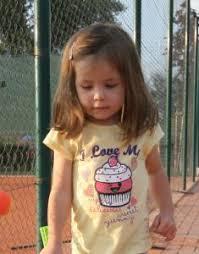 Holčičky Praktické Střihy Vlasů Centrum Pomoci Rodinám S Vícerčaty