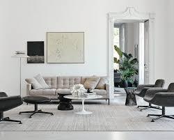 knoll international saarinen round sofa