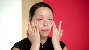 Techniques and Tips: <b>Facial Massage</b> How-to   <b>Beauty</b> Expert Tips ...