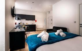 modern studio apartment in newington