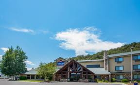 Americinn Of Hartford Americinn Lodge Suites Eagle Group Accommodations