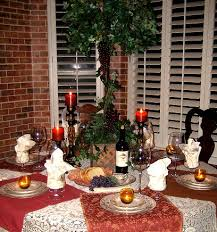 Old world wine/Italian themed table! Great for a wine event!