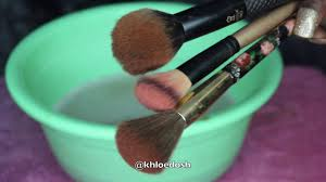 cleaning makeup brushes on a budget 1 dish soap