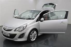 vauxhall corsa 1 4 sri hatchback 3 door alloy wheels