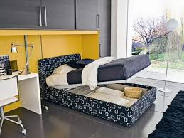 Make A Small Bedroom Look Bigger How To Make Small Bedroom Look Bigger Home Decorating Ideas With