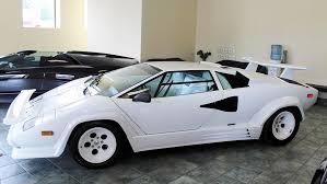 Elke dag nieuwe en tweedehands ferrari's online. Find Of The Week 1988 Lamborghini Countach 5000 Quattrovalvole Autotrader Ca Lamborghini Countach Lamborghini Lamborghini Countach For Sale