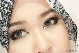 gyaru eye makeup does make my eyes look bigger don t you think gyaru eyemakeup clozetteid
