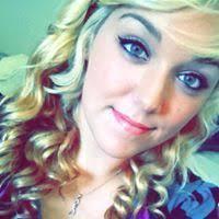 Melissa Robertson (blondeangelish) on Pinterest