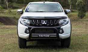 2018 mitsubishi triton australia. perfect triton 2018 mitsubishi triton white color front side view hd wallpaper and mitsubishi triton australia