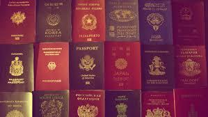 """""""Mua Quốc tịch"""": cơ hội để các ông trùm mua sắm hộ chiếu mới"""