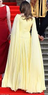 Melania Trump Yellow Dress Designer Melania Trump Wears Yellow Couture Gown To Blenheim Palace