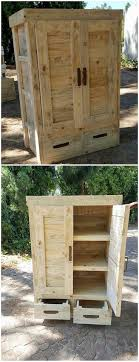 pallet made furniture. Convert Old Wood Pallets Into Useful Things. Repurposed Furniture Pallet Made