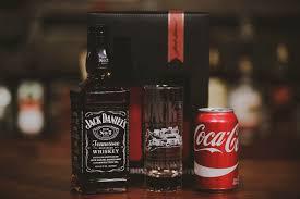 jack e gift set with engraved bottle