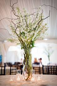 branches wedding centerpiece | 5 eco-friendly wedding flower ideas | http://