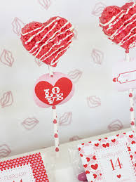 valentine office ideas. 6 let the white chocolate dry and place top in a little bag with our printable or on stick we use party circlescupcake toppers for valentine office ideas t