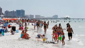 pinellas county agree to keep beaches open