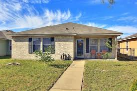 106 Wendi Lane Aransas Pass TX 78336 Weichert.com - Sold or expired  (73761104)