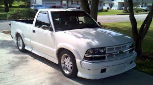 2.2L s-10 extreme - YouTube