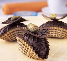 صور حلويات العيد Images?q=tbn:ANd9GcTQiEo_caeIlGY_SaGe2uRDJwnuSQw0HWItMRdv_6kFRoJau5JR