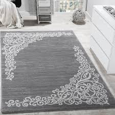 designer rug shimmering yarn grey white 001