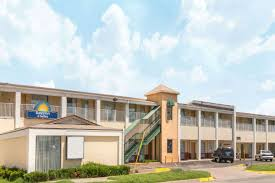Days Inn  Suites Wichita East Wichita Hotels KS - Mid america exteriors wichita ks