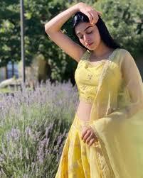 Komal sajid as saad's sister rameen. Beautiful Clicks Of Two Rising Stars Komal Meer And Anmol Baloch Trendstips