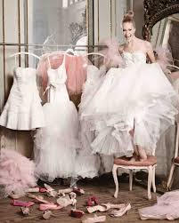 10 Tips For Choosing Your Wedding Dress Martha Stewart Weddings