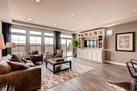 ranch house plans with living room and family room