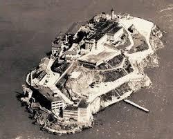 「Alcatraz Island prison 1930」の画像検索結果