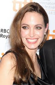 angelina jolie wore a soft warm pink lipstick at the toronto premiere of moneyball