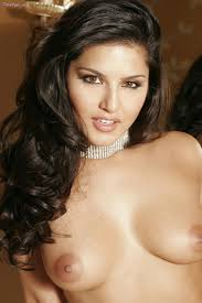 Sunny Leone in sexy shoes posing in front of the camera porn.