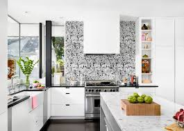 Wallpapered office home design Den Wallpaper Is Back These Are The 2017 Wallpaper Trends You Need To Check Out Freshomecom Here Are The 2017 Wallpaper Trends You Need To Check Out
