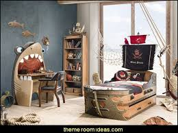 pirate bedroom decorating ideas pirate murals boys bedrooms pirate theme nautical boat beds pirates exotic tropical trere island pirate ship