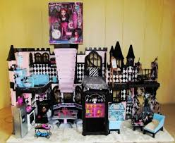 Collection Monster High Furniture